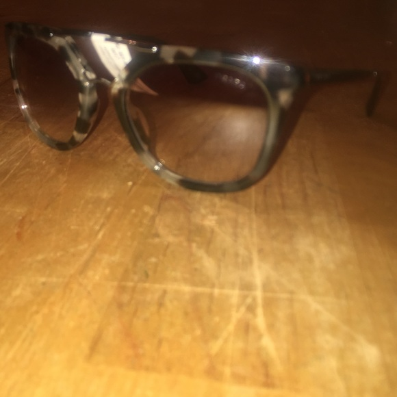 948c14fcc84 Prada sunglasses without case